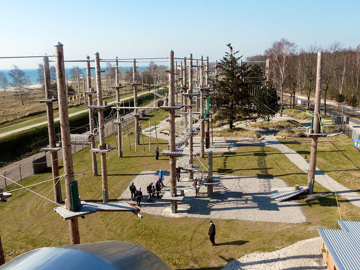 der Kletterpark bietet einen tollen Blick über die Ostsee
